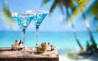 Готовим коктейль «Голубая лагуна» в домашних условиях — 6 простых рецептов