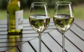 Зеленое вино из Португалии — особенности напитка