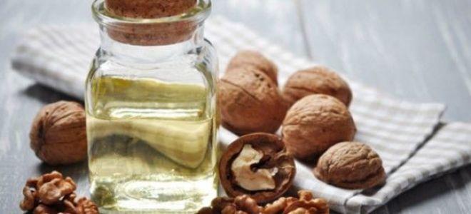 Лечебная настойка на грецких орехах с водкой и спиртом