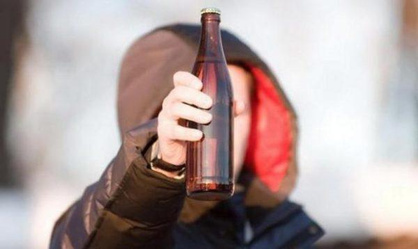 Со скольки лет продают крепкие алкогольные напитки