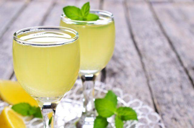 Лимонная настойка на водке, спирту или самогоне: рецепты