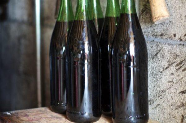 Как сделать вино слаще если оно кислое